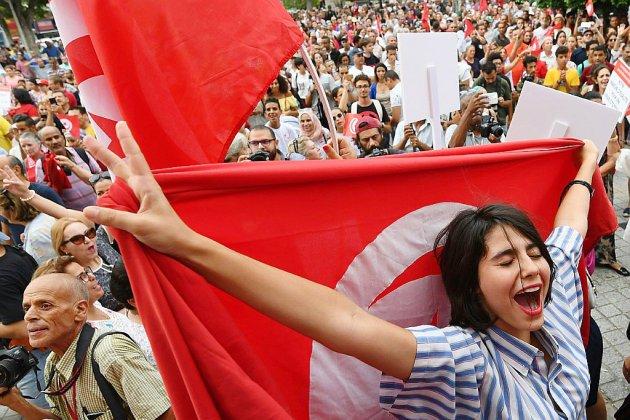 En Tunisie, un projet de loi pionnier pour l'égalité homme-femme dans l'héritage