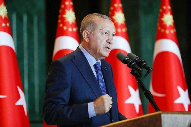 Erdogan annonce le boycott des appareils électroniques américains