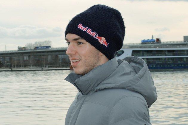 F1: Pierre Gasly présente la rue du Gros-Horloge à ses fans [vidéo]