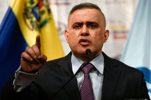 """Venezuela : arrestation d'un général en lien avec l'""""attentat"""" contre le président Maduro"""