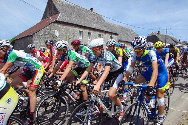 Normandie: un cycliste grièvement blessé lors d'une course