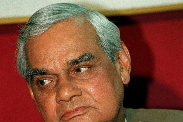 Inde : décès de l'ancien Premier ministre Vajpayee