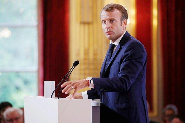 """Syrie: le régime """"menace de créer une nouvelle crise humanitaire"""", selon Macron"""
