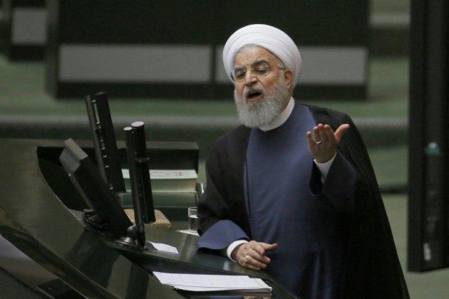 Iran: le Parlement insatisfait des explications de Rohani sur la crise économique