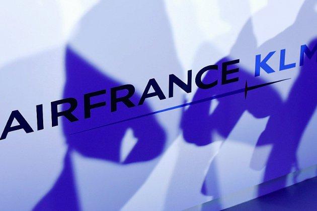 """Air France: l'intersyndicale prête à """"un fort durcissement du conflit"""""""