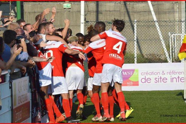 Football: le FC Rouen bat Cherbourg et prend la tête du championnat