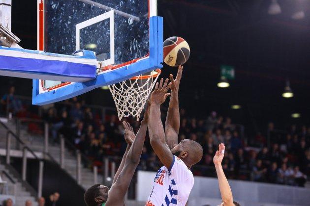 Basket: le Rouen Métropole Basket s'impose enfin en amical face à Caen