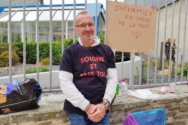 Cherbourg: un infirmier en grève de la faim devant l'Assurance Maladie