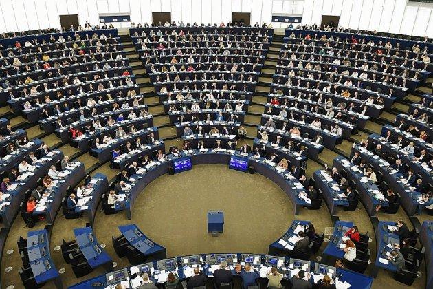 Valeurs de l'UE bafouées en Hongrie, le Parlement européen lance une procédure