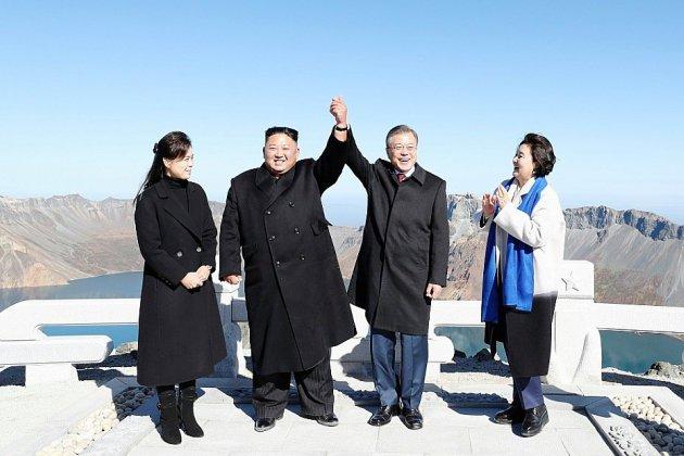 Démonstration d'unité des dirigeants des deux Corées au mont Paektu