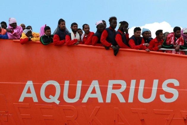 """Migrants: l'Aquarius """"en route vers Marseille"""", demande à la France l'autorisation de débarquer"""