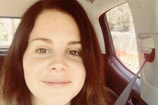 """Lana Del Rey se dévoile dans son nouveau morceau, """"Venice Bitch"""""""