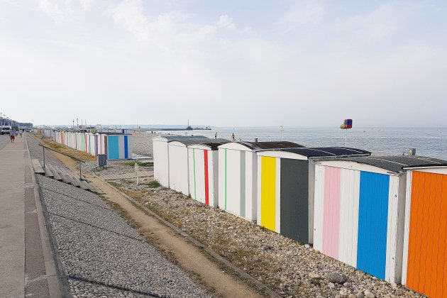 Opération job dating sur la plage du Havre