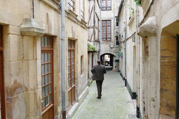 À Caen, un jeu d'enquête géant!