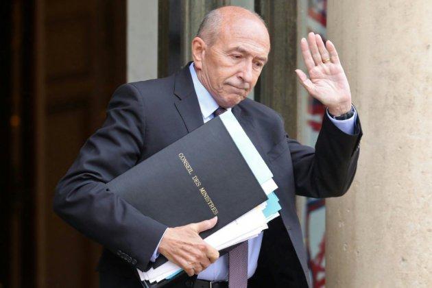 Déterminé à partir, Collomb tient tête à Macron