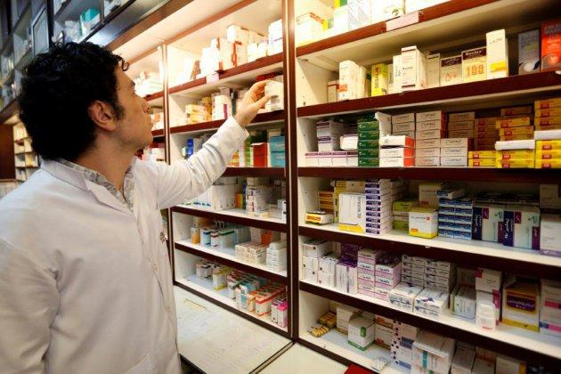 Iran: avec les sanctions, les médicaments étrangers se font rares