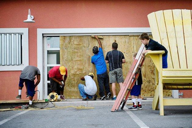 L'ouragan Michael se hisse en catégorie 3, la Floride en état d'urgence