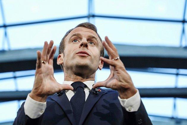 Macron fait durer le suspens et tarde à recomposer son gouvernement