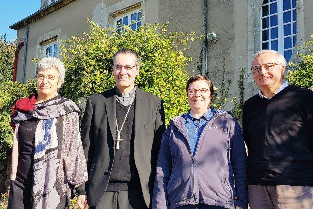 Visite pastorale de l'Évêque de Séez dans la ruralité ornaise
