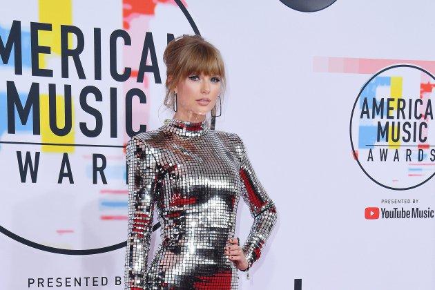 Taylor Swift et Camila Caello grandes lauréates des American Music Awards