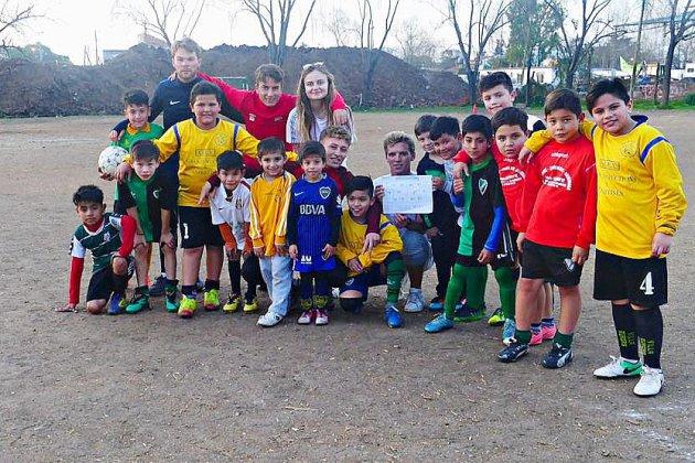 Des Normands sortent une web-série sur leur voyage humanitaire au cœur du football argentin!