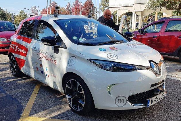 Rouen: malgré quelques bugs, la voiture autonome bluffe les testeurs