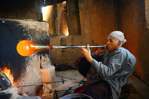 Afghanistan: les verreries d'Herat, autrefois flamboyantes, sombrent dans l'oubli