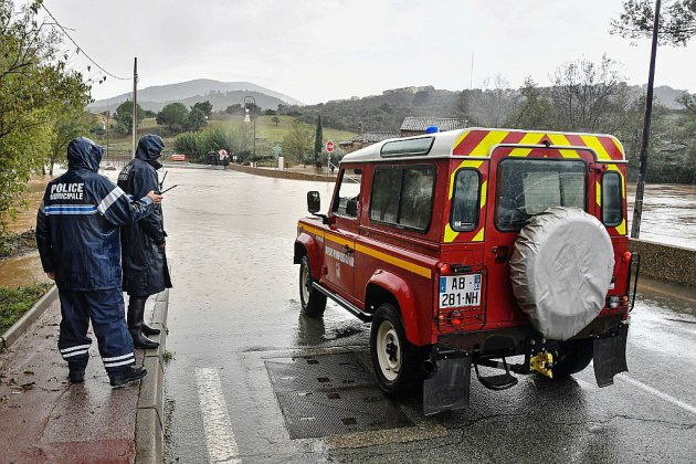 Intempéries: un mort dans le Var en vigilance orange pour les crues