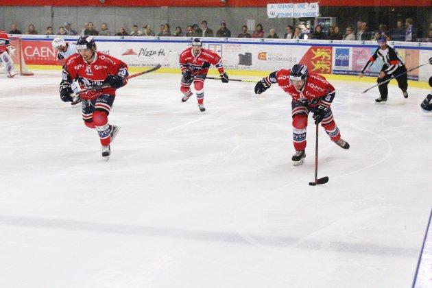 Hockey sur glace (D1) : Les Drakkars de Caen se reprennent contre Cholet