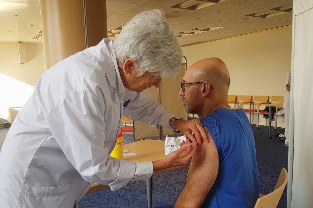Grippe: le personnel des hôpitaux du Havre incité à se faire vacciner