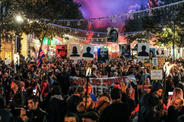 """Marseille: """"Marche de la colère"""" tendue après l'effondrement meurtrier de Noailles"""