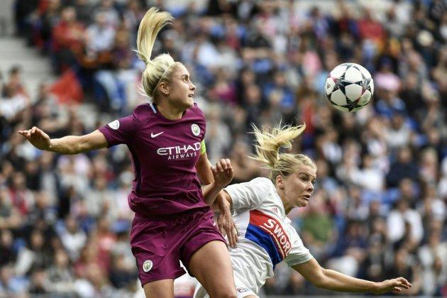 """Angleterre: un arbitre suspendu après avoir improvisé un """"pierre, feuille, ciseau"""""""