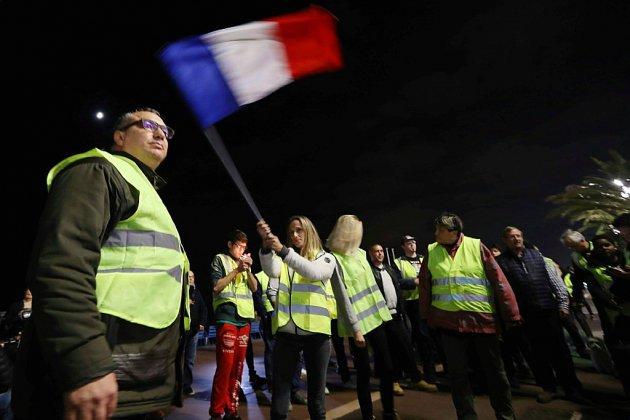 """Hausse des taxes et pouvoir d'achat: les """"gilets jaunes"""" veulent bloquer les routes"""