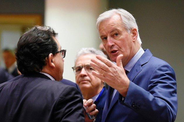 """Brexit: coup d'envoi d'une ultime semaine """"pénible"""" de négociations"""