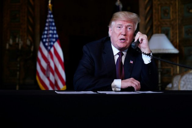 Rompant avec la trêve de Thanksgiving, Trump attaque les juges