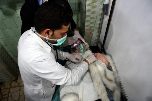 """Syrie: une centaine de cas de suffocation après une attaque aux """"gaz toxiques"""" à Alep selon les médias d'Etat"""