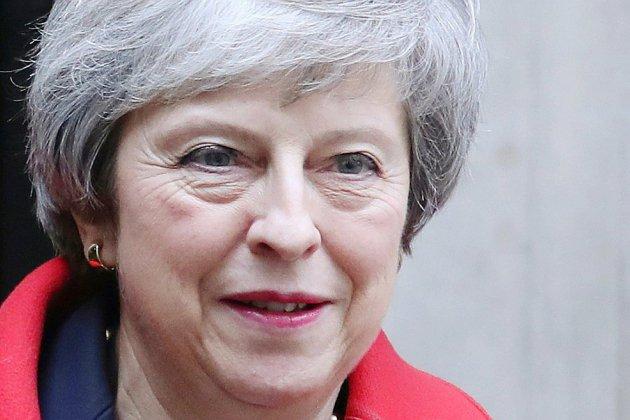 Brexit: Theresa May retourne au Parlement après une série de revers
