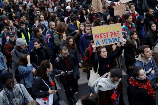 Lycées: nouvelle journée de mobilisation, des incidents et interpellations