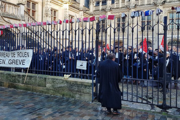 Rouen: la gronde des avocats monte d'un cran