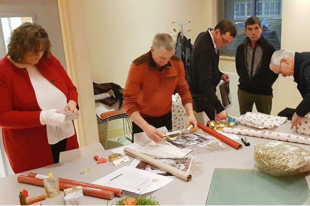 Les agriculteurs de l'Orne distribuent leurs cadeaux de Noël