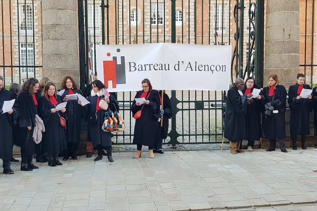Les avocats ont manifesté à Alençon