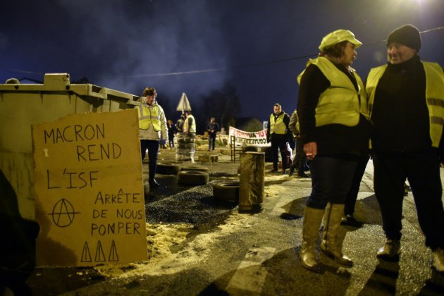 """""""Gilets jaunes"""", """"acte V"""": après les annonces de Macron, la mobilisation en question"""