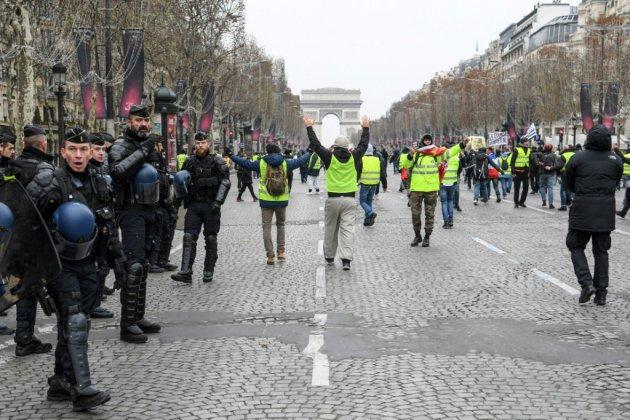 """""""Gilets jaunes"""": à Paris, un samedi plus calme pour les habitants"""