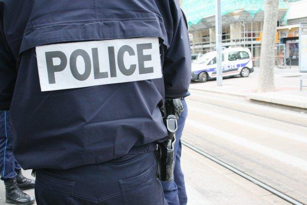 Un syndicat policier appelle à bloquer tous les commissariats