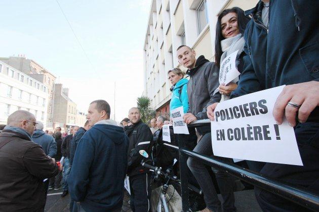 "Grève dans la police: ""On se sent trahi par nos dirigeants"""