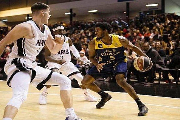 Basket: l'ALM Évreux battu par Paris