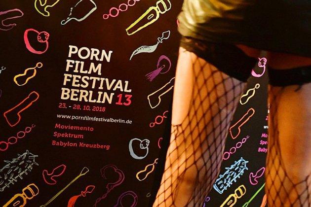 Caméra au poing, des féministes promeuvent une pornographie alternative