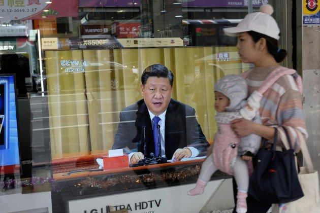 """Xi Jinping intransigeant face à Taïwan, vouée à la """"réunification"""""""