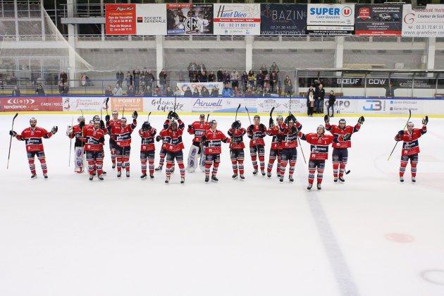 """Hockey sur Glace (D1) : Les """"Braqueurs"""" de Caen s'imposent contre Tours !"""