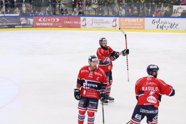 Hockey sur glace: les Drakkars chutent à Marseille